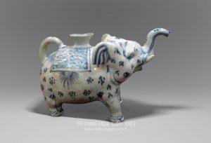 Ấm Voi gốm Chu Đậu thế kỷ 15